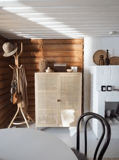 Interior Architecture, Interior Design, Cabin Interiors, Ikea, House In The Woods, Log Homes, Sweet Home, Cottage, House Design