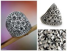 Sterling silver flower ring, 'Frangipani Nights' - Floral Sterling Silver Band Ring from Indonesia