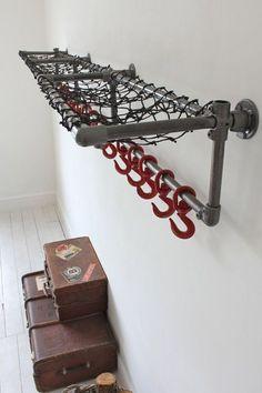 Mira esta gran idea para hacer un clóset :) http://www.practimart.com.mx/