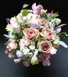 Amnesia roses, blue scabious, lilacs & sweet peas.