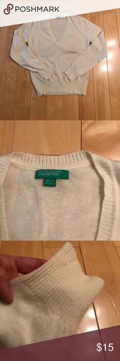 Benetton wool sweater Benetton wool sweater, brand new no tag, very soft, ivory white color. United Colors Of Benetton Sweaters V-Necks
