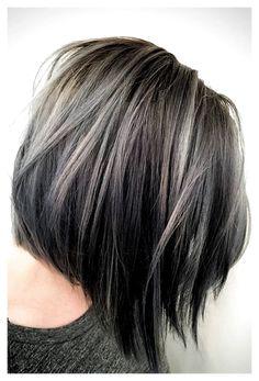 Brunette Hair With Highlights, Brunette Color, Hair Color Highlights, Hair Color Balayage, Silver Highlights, Blonde Hair, Balayage Highlights, Ombre Hair, Blonde Highlights On Dark Hair Short