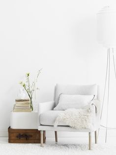 Tikkurilan Lumi on valkoistakin valkoisempi sisustusmaali. Tikkurila Lumi is a very white shade, it illuminates the room. Decor, Scandinavian Living, Single Sofa, Interior, Interior Spaces, Home Decor, Lounge Room, White Walls, Loft Style