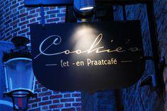 Brugge - Cookies -  Centrum, in het kleinste straatje (de garre)-  tapasgerechten - erg klein, tapasmenu van de chef is een aanrader - gezellig