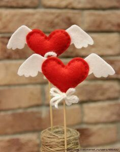Ideas originales para tus obsequios de san valentin Take note of these easy and original ideas to create beautiful Valentine's gifts without investing much money. Diy Valentines Day Gifts For Him, Valentine Crafts For Kids, Valentines Day Decorations, Valentines Diy, Holiday Crafts, Valentine's Day Crafts For Kids, Diy For Kids, Diy And Crafts, Saint Valentin Diy