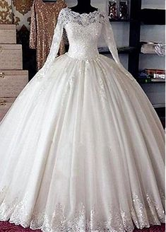 Fantastic Tulle Bateau Neckline Ball Gown Wedding Dress With Beaded Lace Appliques