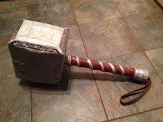 Thor Hammer for Viking Day. Read the instructions and making-of pictures at www.daddydaddycool.com Thors Hammer, Vikings, Random, Projects, Pictures, The Vikings, Log Projects, Photos, Casual