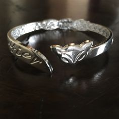 Chic Silver Foxy Bangle Bracelet Chic Silver Foxy Bangle Bracelet Jewelry Bracelets