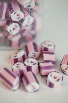 custom hard candy wedding favors from papabubble.