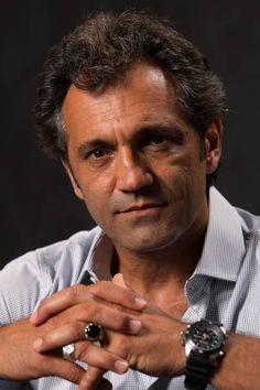 Domingos Montagner - ator de teatro, circo e televisão, empresário e teatrólogo