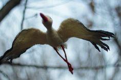 Flying stork statuette by Gera Klára