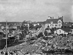 Vuonna 1908 Hämeentie oli vielä Itäinen Viertotie. Signe Brander kuvasi näkymän Vilhovuorelta.