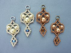 ROYAL LACE Earrings - FREE Pattern. Page 1/2. From BeadDiagrams.
