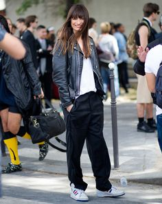 #CarolinedeMaigret looking fab in Paris.