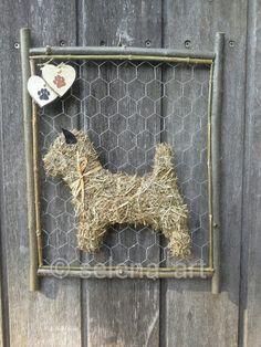 Cairn Terrier van hooi www.selena-art.nl