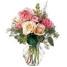 Adicione 2 aspirinas à água. Se usar um vaso transparente, adicione 1 colher de sopa de água sanitária para cada litro de água, para evitar que ela fique turva.    Corte as pontas dos cabos das flores murchas, mergulhe-os em água fervendo por alguns segundos. Depois mergulhe-os até a altura das flores em água fria por algumas horas.