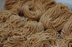 """手打ち中華麺 or """"Homemade Ramen Noodles"""" sure beat the top off that dried out Top Ramen!"""