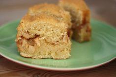 Apple, Cinnamon and Cardamon Sponge Cake