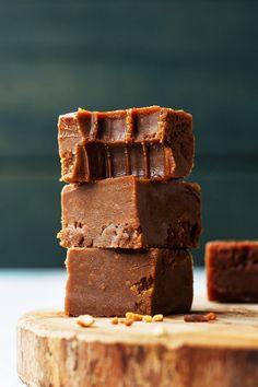4-Ingredient Vegan Nutella Fudge