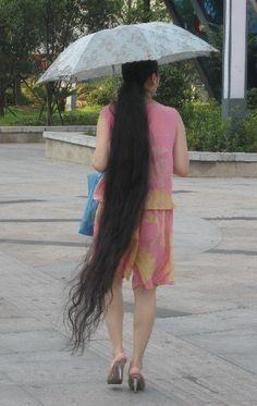 Long thick ponytail from Pingxiang, Jiangxi province ,,photo,China Long Hair Rapunzel Hair, Hair Growth Tips, Long Black Hair, Super Long Hair, Braids For Long Hair, Beautiful Long Hair, Plaits, Layered Cuts, Dream Hair