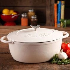 Pioneer Woman Timeless Beauty 7 QT Linen Dutch Oven Bakelite & Butterfly Knobs  #THEPIONEERWOMAN