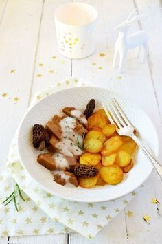 Seitan à la sauce aux morilles Vegan Vegetarian, Vegetarian Recipes, Vegan Food, Food To Make, French Toast, Make It Yourself, Chicken, Cooking, Breakfast