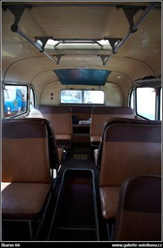 Autobus Ikarus 66 Bus Games, Pedal Cars, Busses, Retro Cars, Old Cars, Cars And Motorcycles, Car Seats, Vehicles, Vintage