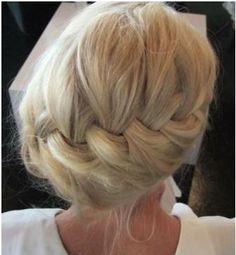 Haare hoch zur Hochzeit