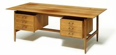 Finn Juhl: Worktable/desk of rosewood. Made by cabinetmaker Niels Vodder. H. 72 cm. L. 200 cm. W. 95 cm.