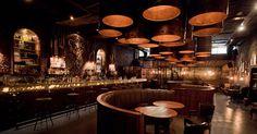 Bar y Restaurant Victoria Brown / HM Arquitectos