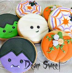 Dear Sweet Cookies & Co Fall Cookies, Iced Cookies, Cute Cookies, Royal Icing Cookies, Holiday Cookies, Cupcake Cookies, Cupcakes, Holiday Desserts, Halloween Cookies Decorated