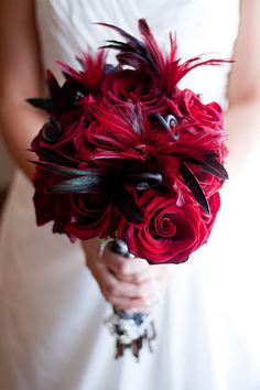 Old Hollywood Wedding Bouquet Prom Flowers, Bridal Flowers, Flower Bouquets, Black Magic Roses, Red Roses, Feather Bouquet, Red Feather, White Feathers, Red Bouquet Wedding