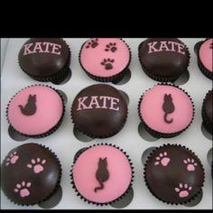 Cat cupcake theme