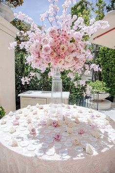 Top 10 Luxury Wedding Venues to Hold a 5 Star Wedding - Love It All Quince Themes, Quince Decorations, Quinceanera Decorations, Pink Wedding Decorations, Quince Ideas, Pink Wedding Theme, Wedding Colors, Wedding Flowers, Dream Wedding