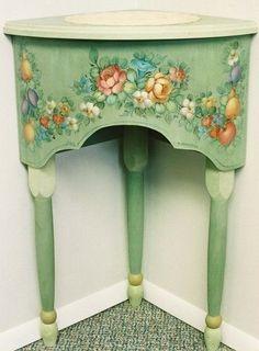 Decoupage y pintura de muebles viejos.  Ideas (11) (368x500, 144Kb)