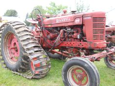 1950 McCormick Farmall Super M-D Tractor      https://www.youtube.com/user/Viewwithme