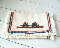 Vintage Needlework Table Runner Southwestern Folk Art by lookonmytreasures on Etsy