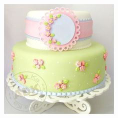 Shabby Chic Cake by Karine Alves (Arte da Ka) Baby Cakes, Baby Shower Cakes, Girly Cakes, Sweet Cakes, Bolo Fondant, Fondant Cakes, Cupcake Cakes, Gorgeous Cakes, Pretty Cakes