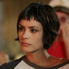 Short hair + bangs - Shannyn Sossamon http://pinterest.com/NiceHairstyles/hairstyles/