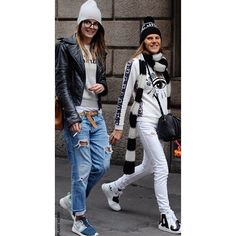 Anna Dello Russo in Kenzo eye print sweater Black and White Look Street Style Fashion