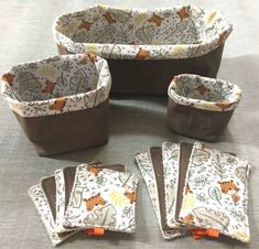 Fabric Boxes, Baby Couture, Fabric Crafts, Diy And Crafts, Sewing Projects, Crochet, Restroom Decoration, Scrappy Quilts, Craft