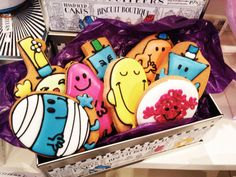 Mademoiselle Robot | Life and Style through the eyes of a thirty-something Parisian in London: Mini Robot - Biscuiteers & Mr. Men Collection