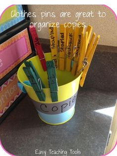 I love when I figure out a clever way to implement an idea, probably way more than I should, but I can't help it. Classroom Hacks make me so dang happy because they're efficient and make sense. Efficiency makes me giddy and I'm pretty sure I'm not the o Classroom Hacks, Classroom Organisation, Teacher Organization, Classroom Setup, Teacher Tools, Teacher Hacks, Classroom Management, Organized Teacher, Organizing Papers