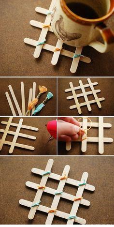 Sticks for ice cream popsicle stick art, diy gifts with popsicle sticks Diy Home Crafts, Crafts To Make, Kids Crafts, Easy Crafts, Diy Popsicle Stick Crafts, Popsicle Sticks, Popsicle Stick Coasters, Ice Cream Stick Craft, Diy Coasters