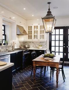 tommy smythe kitchen. Great kitchen! Love the Floor! Love the Black cabinets on lower! White cabinets on upper! Love the backsplash!!!