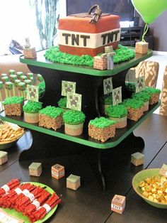 sooo have to do this or something like it for Jmans next b-day IF he is still all about minecraft!!!!  Minecraft Birthday Party Love the Rice Krispie treats w/ grass
