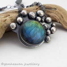 Sterling silver and Labradorite pendant. #handmade #jewelry