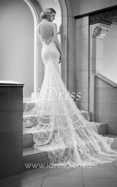 V-neck Sleeveless Long Tail Mermaid Lace Open Back Wedding Dress I think this might be the one! V-neck Sleeveless Long Tail Mermaid Lace Open Back Wedding Dress 2015 Wedding Dresses, Wedding 2015, Mod Wedding, Wedding Dress Styles, Wedding Gowns, Lace Wedding, Mermaid Wedding, Backless Wedding, Lace Mermaid