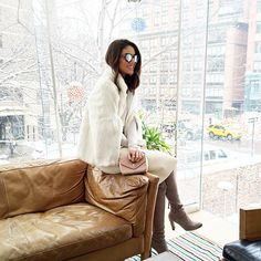 Neutral vibe, after @toryburch show yesterday! Morning NYC! #nyfw ---------- Tons claros, ontem depois do desfile de Torry Burch! #nyc #fhitsny @fhits