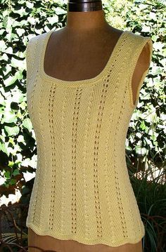 Free knitting pattern for Summer Tee Top sleeveless lace tank - Claudia Olson's lace top is easy to knit and customize by adding or subtracting 14 sts to change bust size. Knitting Stitches, Knitting Patterns Free, Knit Patterns, Free Knitting, Crochet Summer Tops, Summer Knitting, Gilet Crochet, Knit Or Crochet, Top Pattern